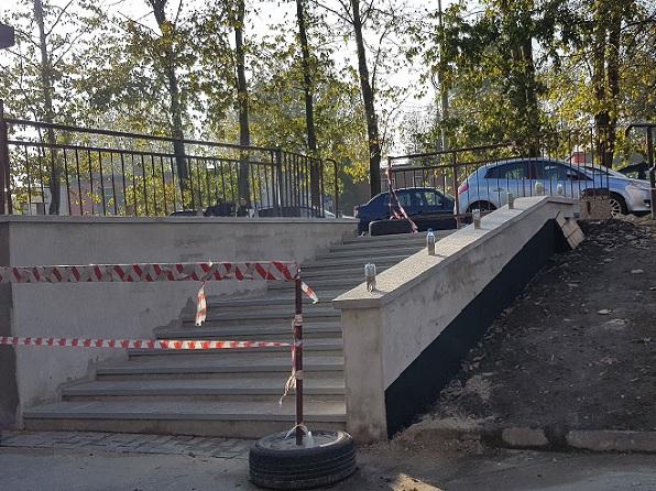 Remont schodów na finiszu