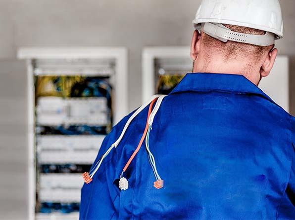 Przegląd instalacji elektrycznej w ADM-3